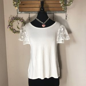 Green Envelope White Top with Lace Cap Sleeves